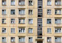6-летний ребёнок выпал из окна дома