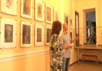 Выставка портретов работает в Ангарске