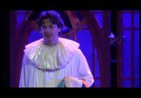 Венецианскую комедию «Привет, маньяк» показали в «Современнике»