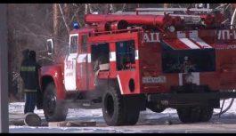Пожар случился в одном в шестнадцатом доме двести девятнадцатого квартала около полудня в эту среду