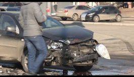 Очередное дорожно-транспортное происшествие случилось на улице Космонавтов в этот четверг