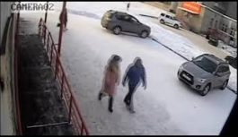 Правоохранители проведут расследование в отношении ангарчанки, которая нашла кошелек и присвоила его себе