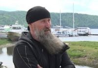 Лидер группы «Калинов мост» Дмитрий Ревякин выступил на фестивале «Благодать-2021»