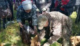 Всероссийскую акцию «Сохраним лес», которая состоялась недалеко от села Раздолье, поддержали представители ангарской полиции и волонтёры