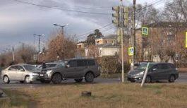Очередное дорожно-транспортное происшествие случилось на улице Макаренко в районе перекрестка с Чайковского